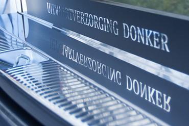 Complete uitvaartverzorging door Donker in Beusichem | Alles in huis voor een mooie uitvaart